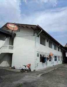 ขายกิจการห้องเช่า 186 ห้อง จำนวน 6 อาคาร 4 ไร่ อยู่หลังวัดสิงห์ เอกชัย43 บางบอน