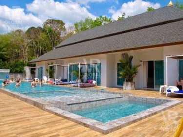 VR Global Property ขายรีสอร์ท จังหวัดกระบี่ อมาดา วิลล่า รีทรีต แบ่งเป็นโซนครอบครัว, โซนพูลวิลล่า และโซนสระว่ายน้ำรวม มาพร้อมห้องน้ำในตัวทุกห้อง